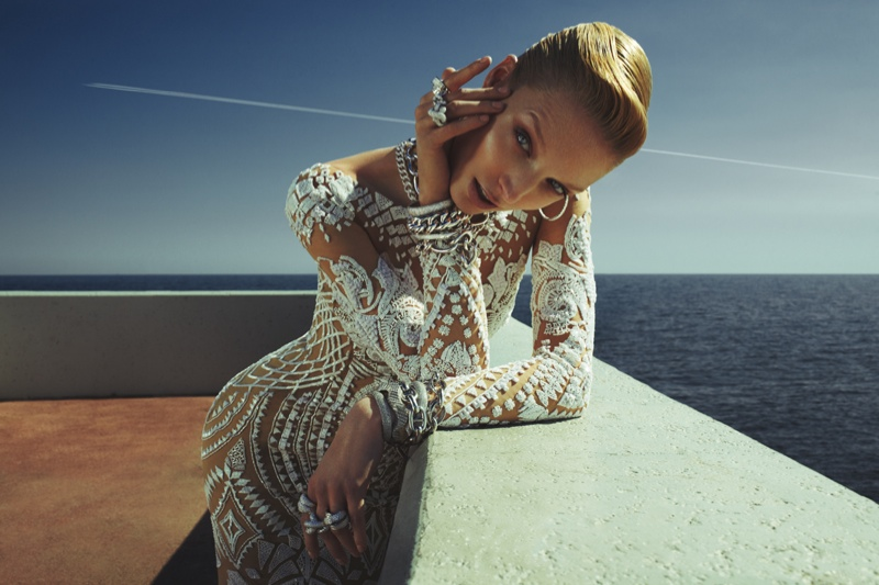 Melissa Tammerijn Serves Futuristic Glam in RABAT Shoot by Xavi Gordo