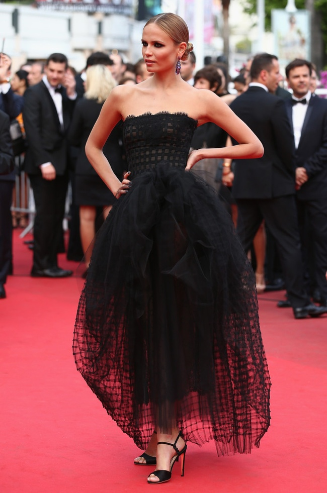 Model Natasha Poly donned a black Oscar de la Renta gown