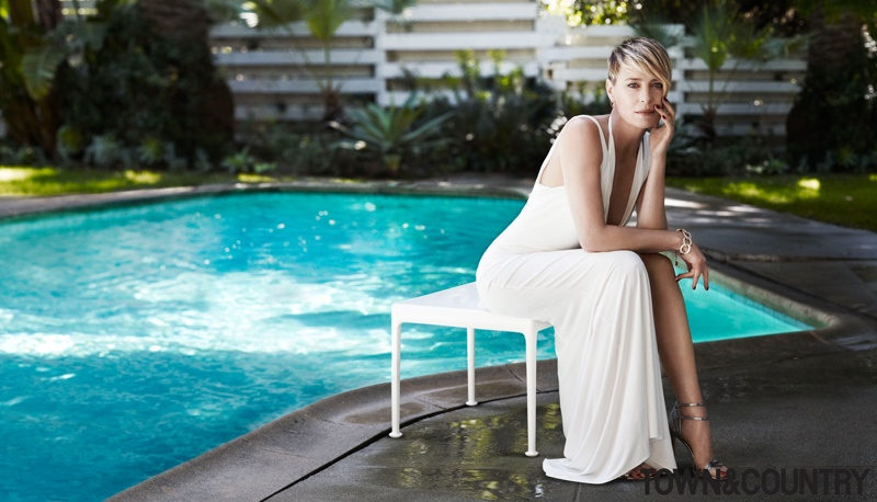 robyn wright 2014 1 Robin Wright Stars in Town & Country, Talks Aging without Plastic Surgery