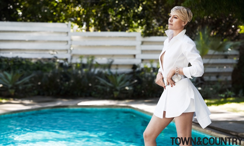 robyn wright 2014 2 Robin Wright Stars in Town & Country, Talks Aging without Plastic Surgery