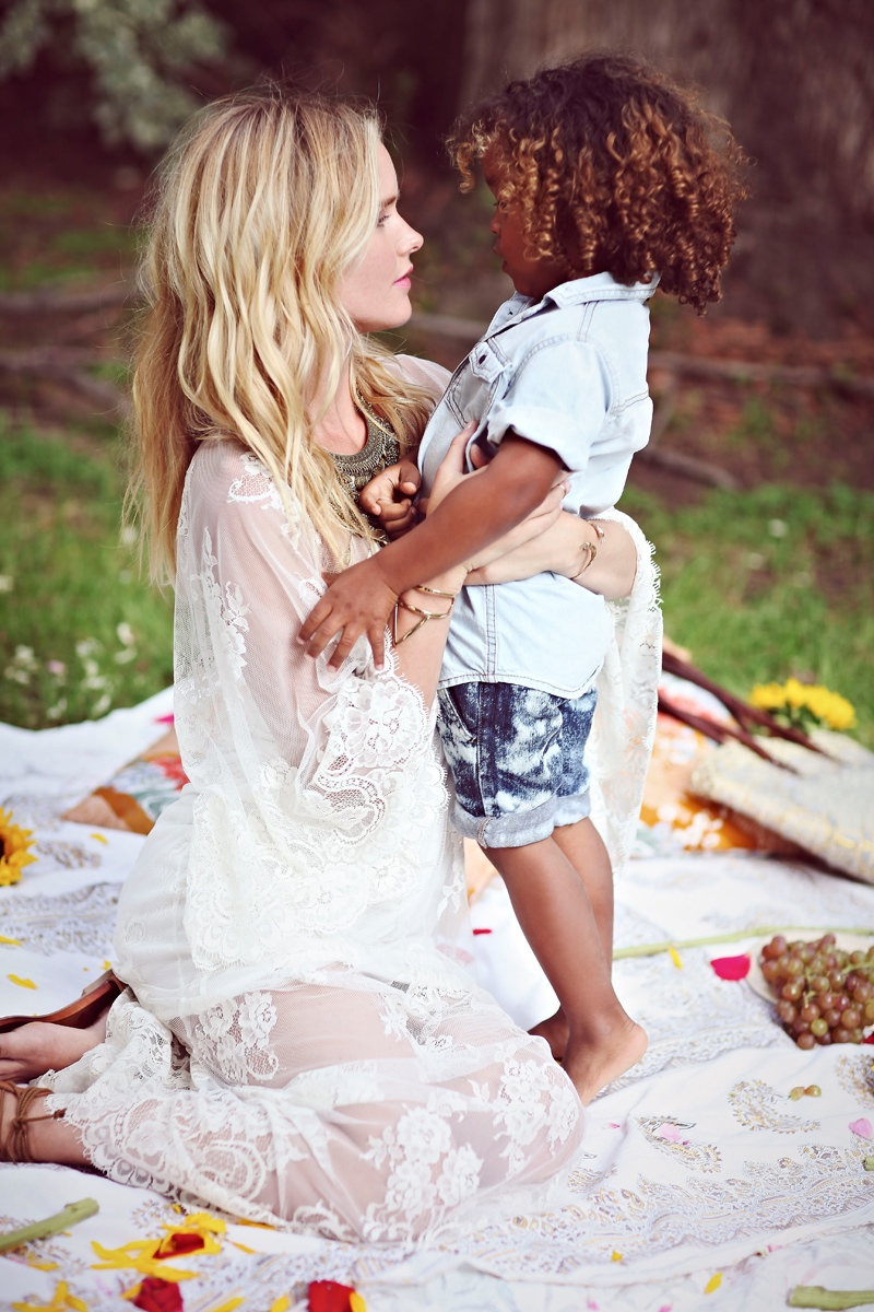 shelby keeton son mothers day fp6 Adorable! Shelby Keeton Poses with Her Son for Free People Mother's Day Shoot