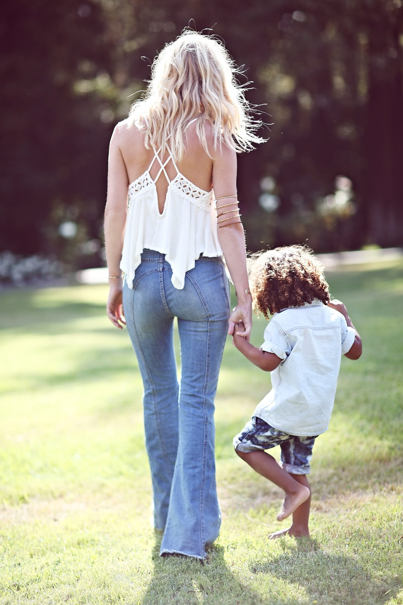 shelby keeton son mothers day fp7 Adorable! Shelby Keeton Poses with Her Son for Free People Mother's Day Shoot