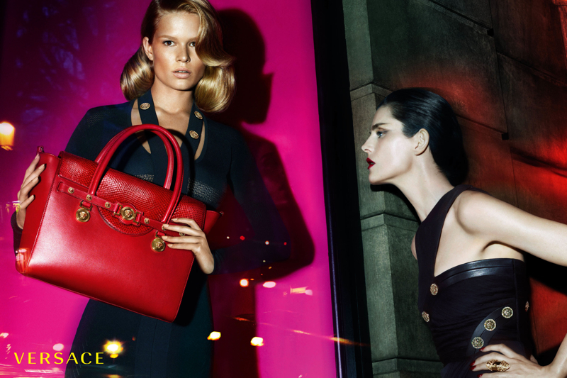 versace women fall winter 2014 campaign photo 001 More Photos of Versace Fall/Winter 2014 Campaign