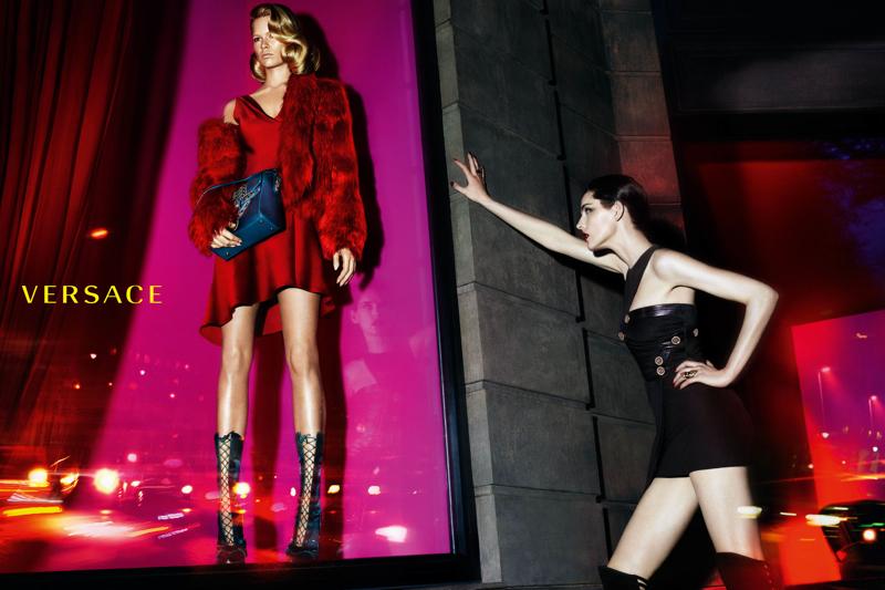 versace-women-fall-winter-2014-campaign-photo-003
