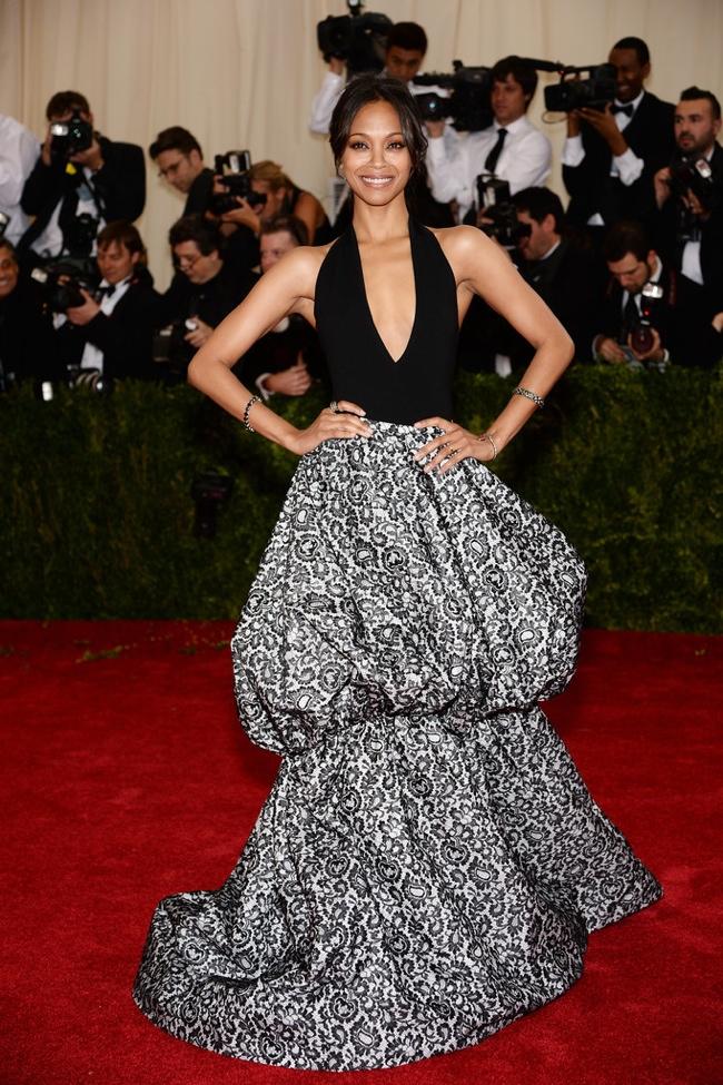 Zoe Saldana wears black and white Michael Kors dress