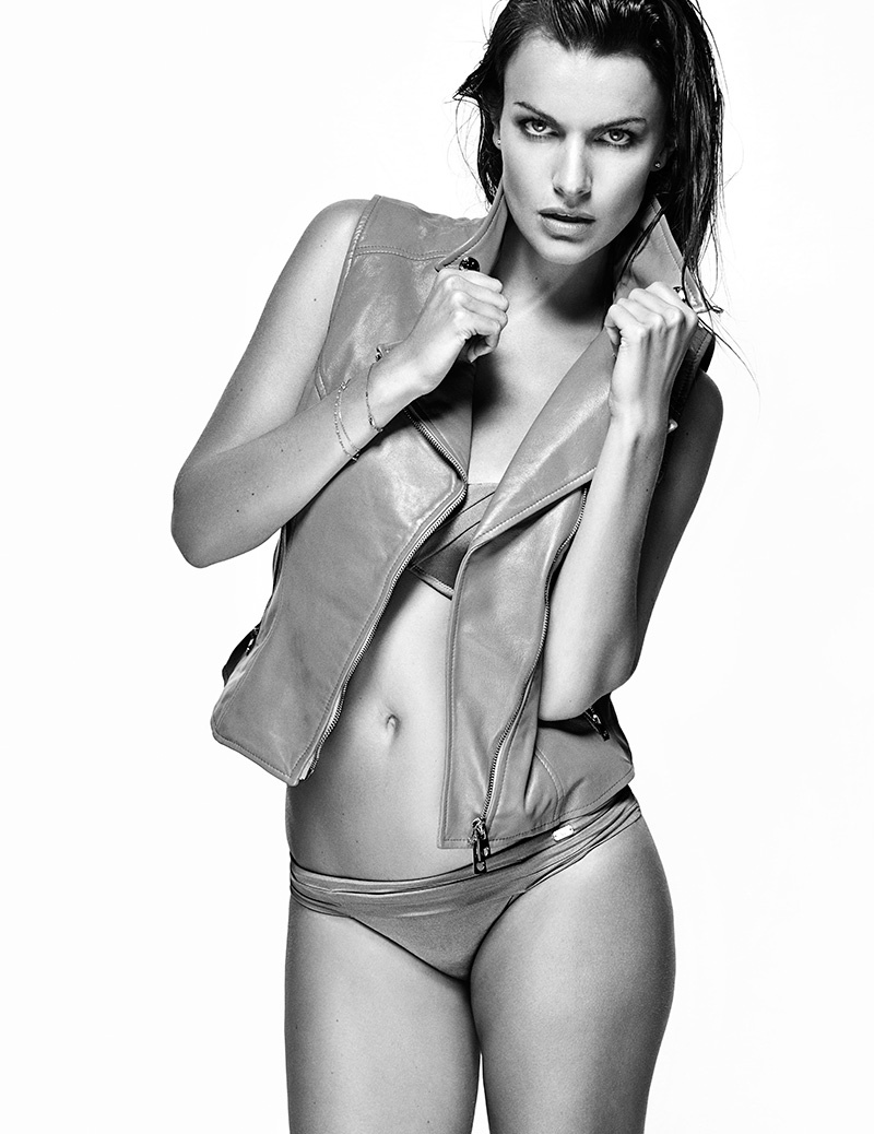 Filippa Hamilton Model7 Filippa Hamilton Models Swimsuits for Woman Shoot by Richard Ramos