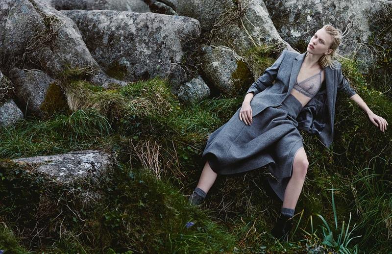 Juliana-Schurig-Model-Fashion3