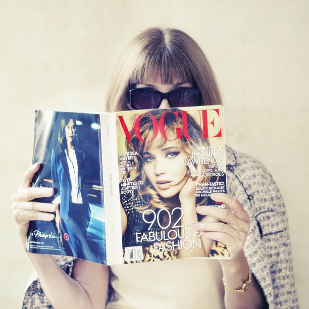 Anna Wintour reads Vogue's September 2013 Issue. Photo: Vogue's Instagram