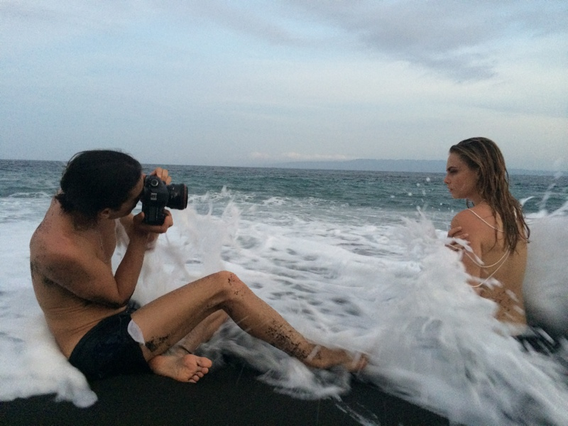 cara delevingne john hardy behind the scenes3 More BTS Photos of Cara Delevingne for John Hardy