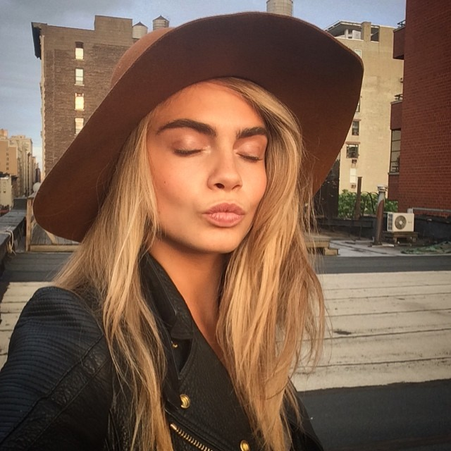 cara kiss Instagram Photos of the Week | Jessica Hart, Marloes Horst + More Models