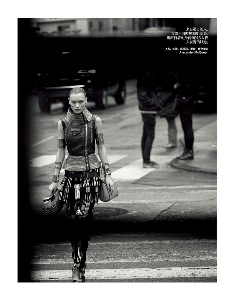 city fashion dressing2 Lonely Traveler: Mila Krasnoiarova by Jonas Bresnan for Bazaar China