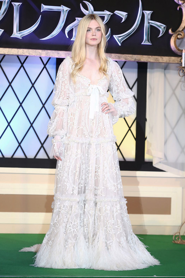elle fanning alexander mcqueen dress Elle Fanning: Ethereal in Alexander McQueen Dress at Maleficent Japan Premiere