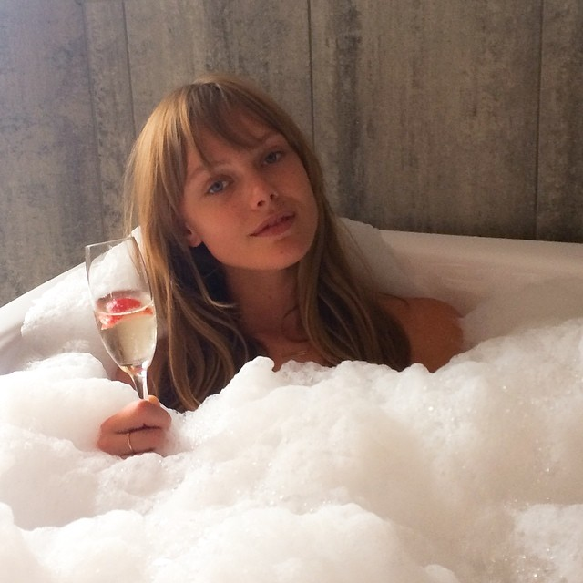 Frida Gustavsson enjoys a nice bubble bath