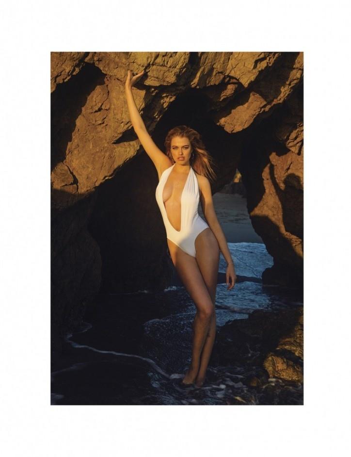 hailey-clauson-bikini-galore1