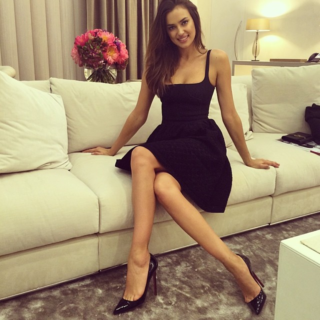 Irina Shayk is pretty in her little black dress