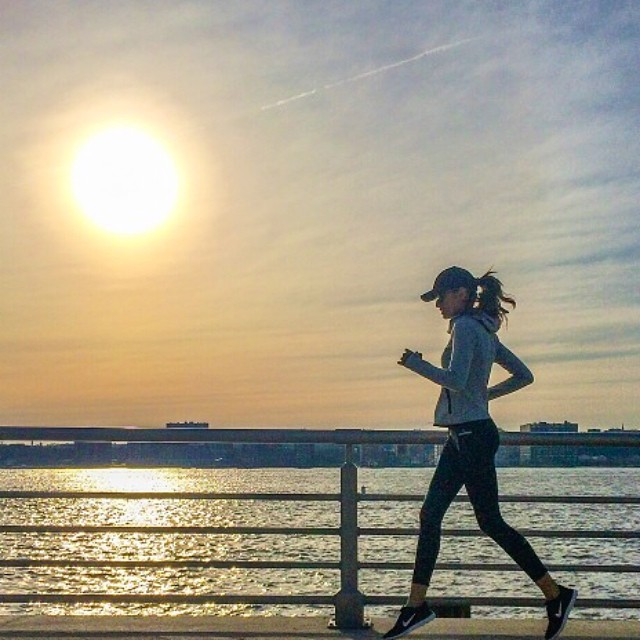 izabel running nyc Model Fitness! 12 Instagrams of Izabel Goulart Working Out