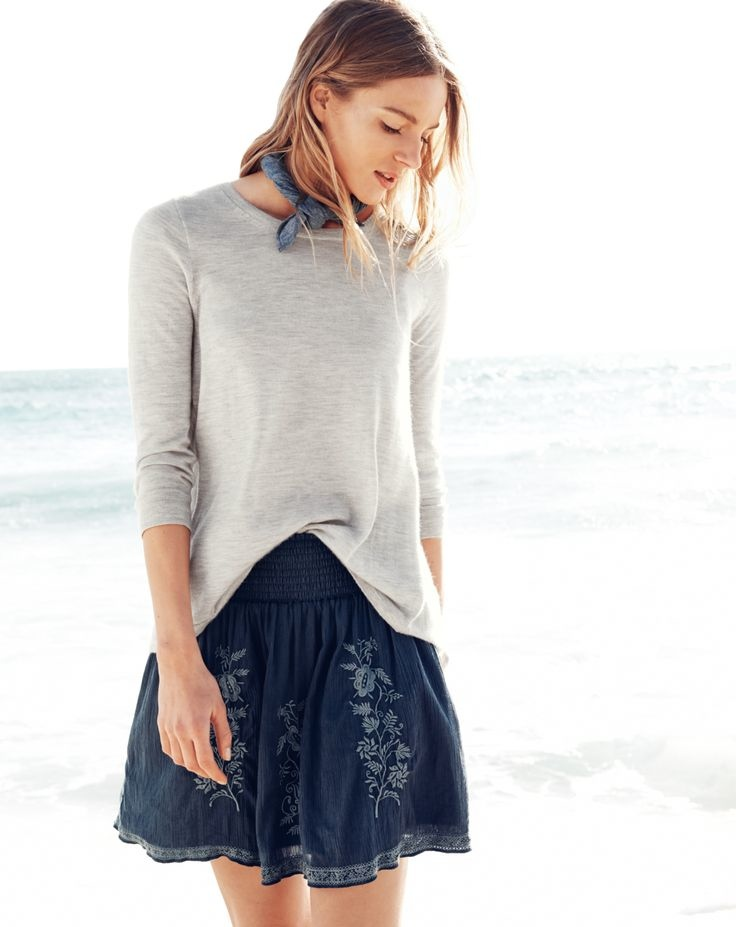 j crew july 2014 style guide6 Ieva Laguna Poses for J. Crews July Style Guide