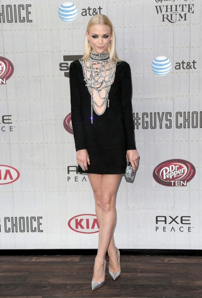 Jaime King donned a little black Emilio Pucci dress