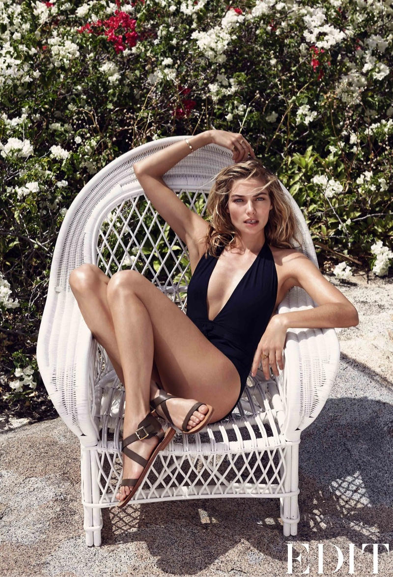 jessica hart model photos1 Jessica Hart Models Swimsuits for The Edit, Reveals Favorite Places to Travel