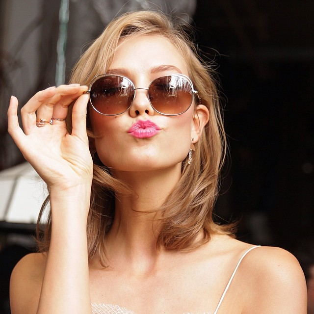 karlie frames Karlie Kloss Now Has Blonde Hair!