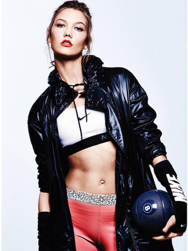 Karlie Kloss Does Sporty Glam Right for ELLE Photo Shoot