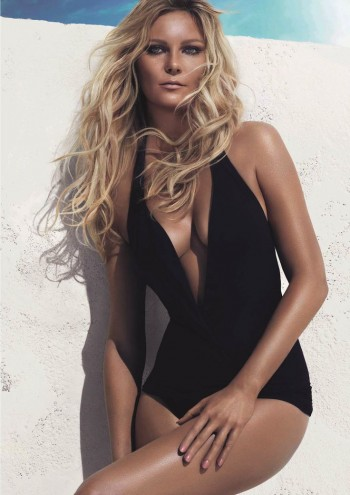 "Kirsten Dunst Poses in Swimsuit for L'Oreal Professionnel ""Beach Waves"" Ad"