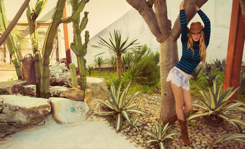 lara stone inez vinoodh4 Lara Stone Stuns for Inez & Vinoodh in Western Glam Porter Magazine Feature