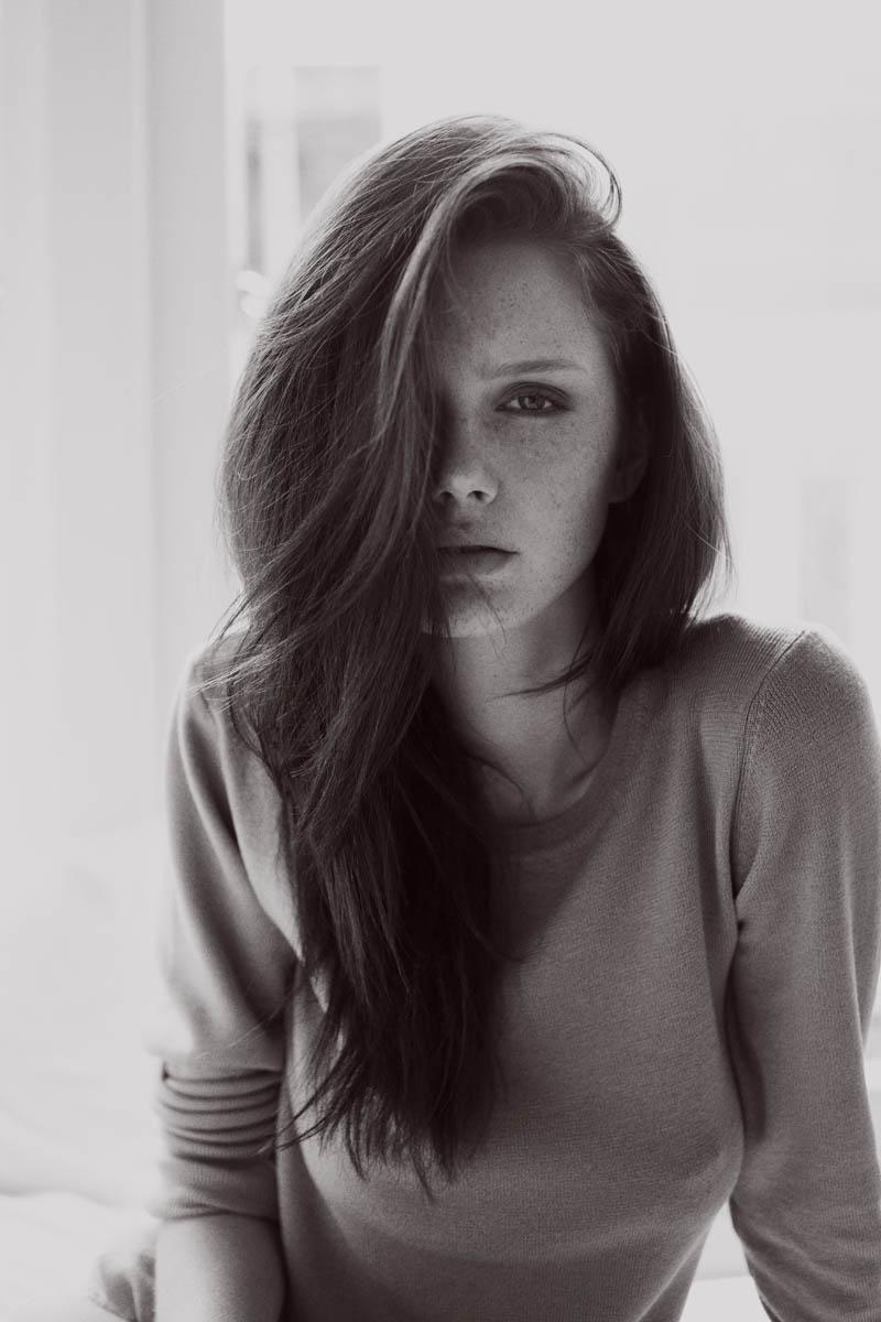 loren-kemp-freckles