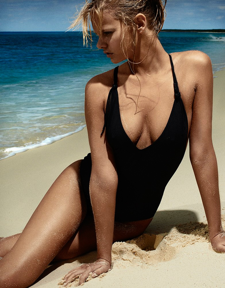 marloes horst swimsuit shoot 2014 2 Swimsuit Clad Marloes Horst Poses for David Slijper in Bazaar UK Spread