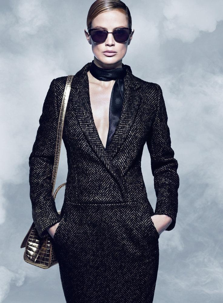 991f5478348 Carolyn Murphy Serves Up Ladylike Glam for Max Mara Fall 2014 Campaign