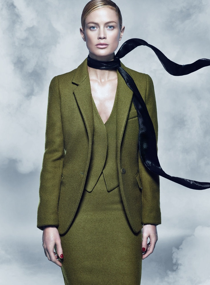 maxmara fall 2014 campaign carolyn murphy photos7 Carolyn Murphy Serves Up Ladylike Glam for Max Mara Fall 2014 Campaign