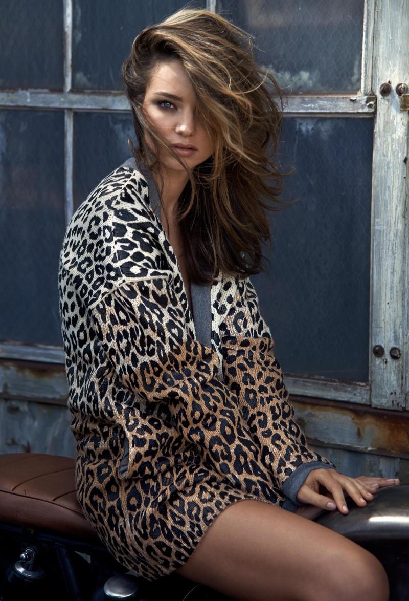 Miranda Kerr Doesn T Define Herself As A Model The Edit