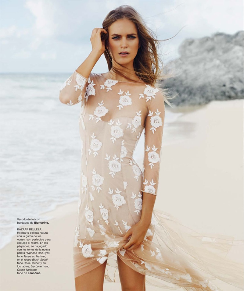 mirte maas david roemer4 Mirte Maas in Beach Style for Bazaar Spain by David Roemer