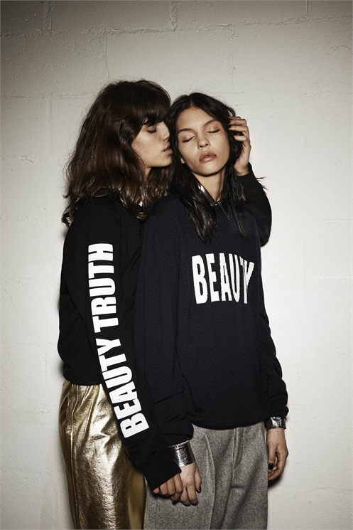 msgm lesbian fall 2014 campaign2 MSGM's Fall 2014 Campaign Features Lesbian Pairing with Antonina & Kate B.