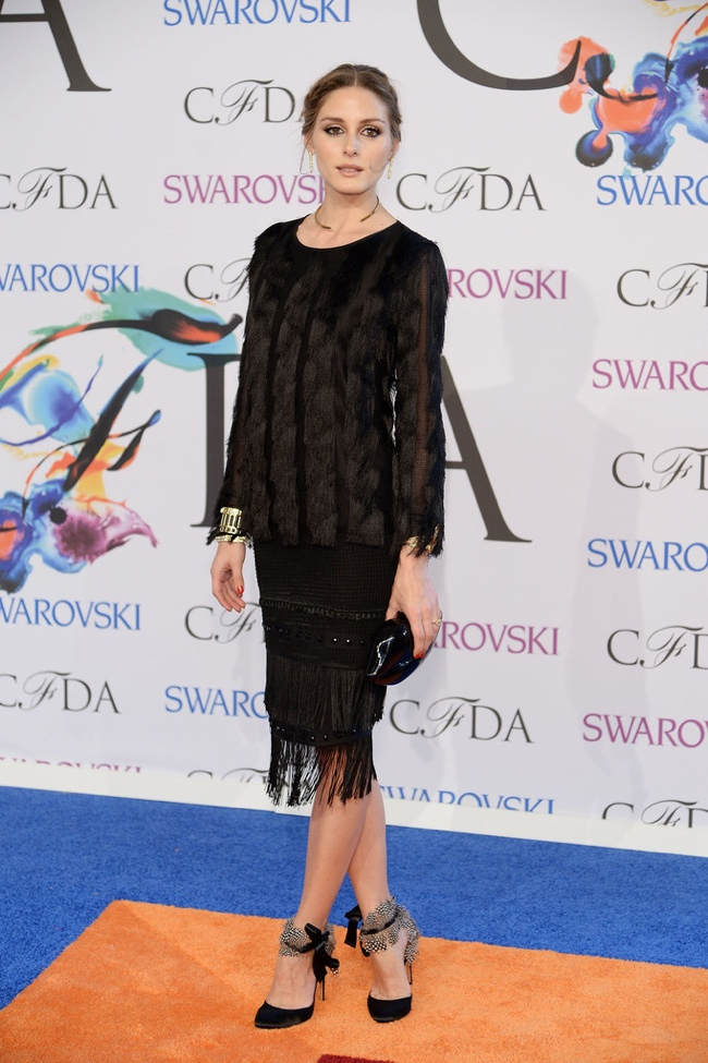 Olivia Palermo wore a little black Ann Taylor look