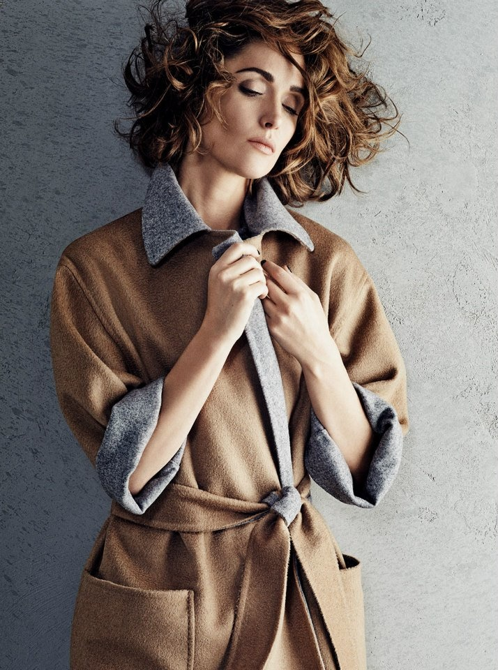 rose byrne max mara photos4 Rose Byrne Stuns in New Styles for Max Mara Shoot