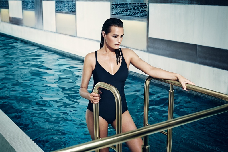 speed sculpture swimsuits 2014 2 At 49, Yasmin Le Bon Wears Swimsuits in Speedo Sculpture Ads