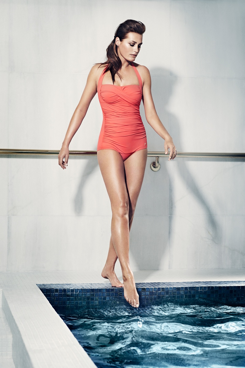 speed sculpture swimsuits 2014 4 At 49, Yasmin Le Bon Wears Swimsuits in Speedo Sculpture Ads