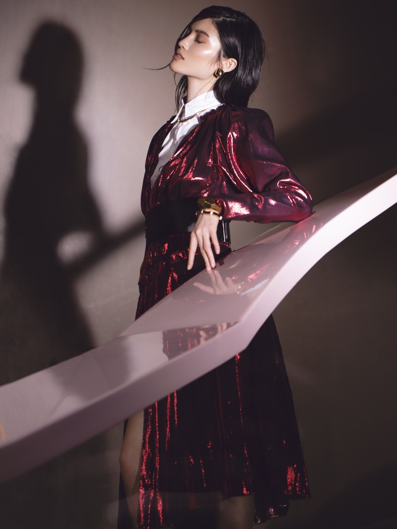 sui he photo shoot model5 Sui He in the Shadows for Modern Weekly China by Jumbo Tsui