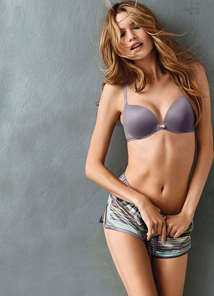 victorias secret incredible bra behati prinsloo4 Behati Prinsloo Looks Incredible in Victorias Secret Promos