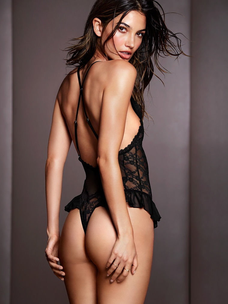victorias secret lily aldridge lingerie10 Lily Aldridge Brings the Heat in Victorias Secret Lingerie Shoot