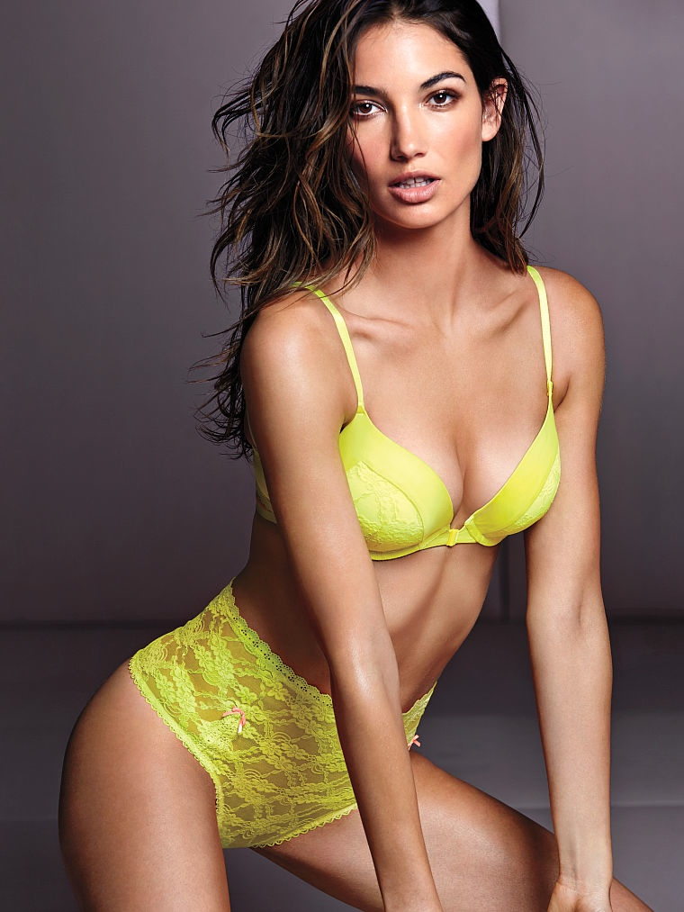 victorias secret lily aldridge lingerie5 Lily Aldridge Brings the Heat in Victorias Secret Lingerie Shoot