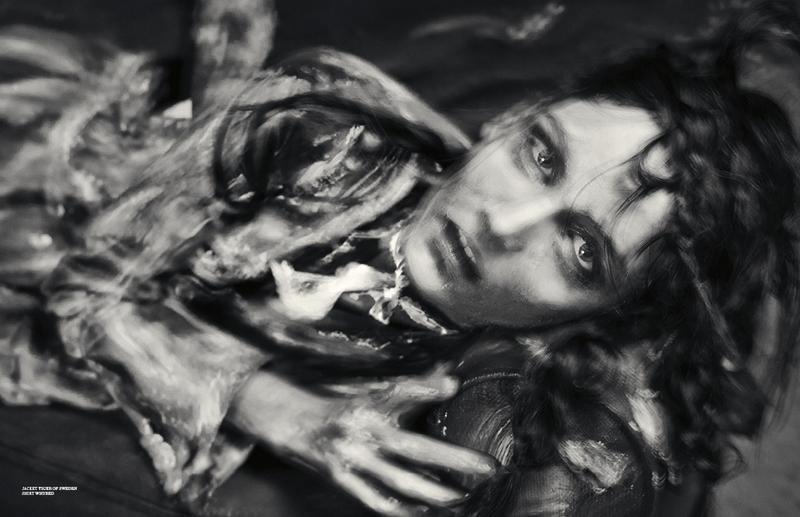 zuzanna bijoch scare crow8 Zuzanna Bijoch Gets Gritty for Scandinavia S/S/A/W Shoot