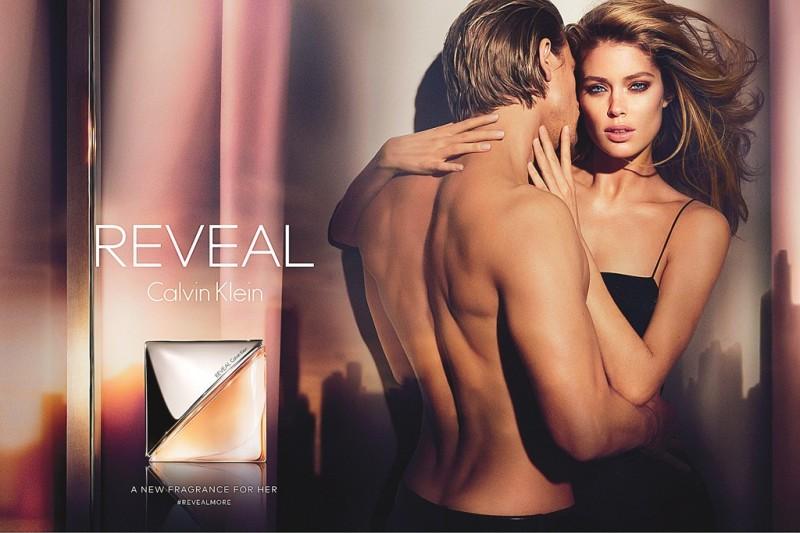 Doutzen Kroes Calvin Klein Reveal Fragrance Ad Campaign 800x533 See Doutzen Kroes Steamy Calvin Klein Reveal Fragrance Ad
