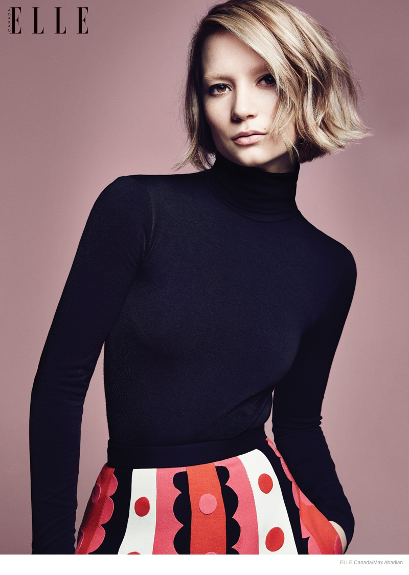 Mia Wasikowska 2014 Photos Updated04 Mia Wasikowska Wears Fall Style for Elle Canada Cover Story