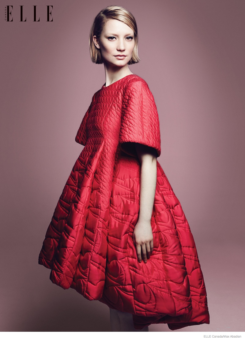 Mia Wasikowska 2014 Photos Updated05 Mia Wasikowska Wears Fall Style for Elle Canada Cover Story