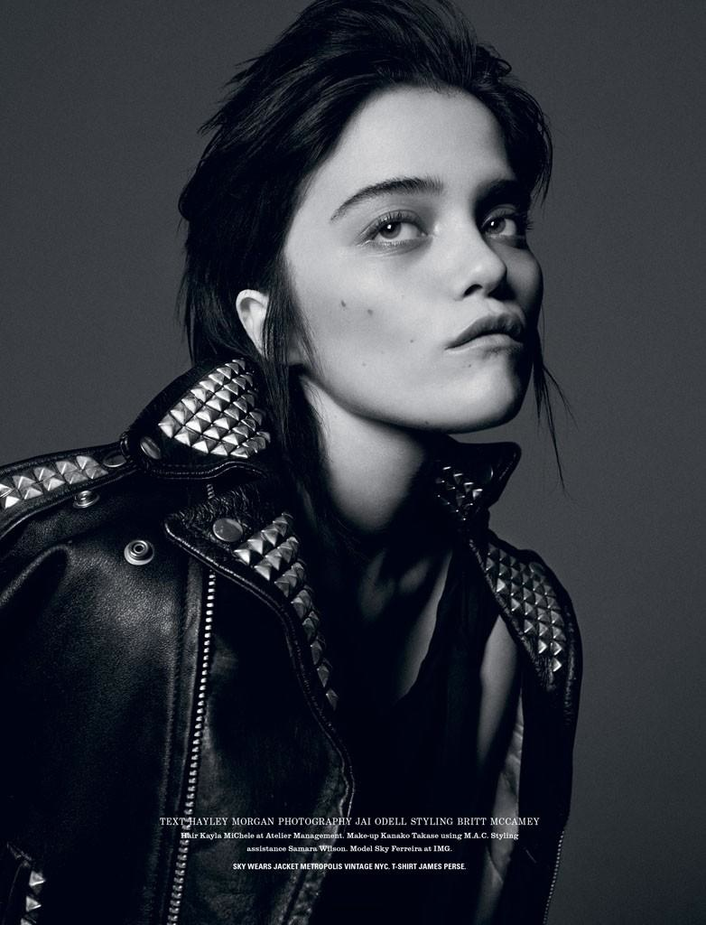 Sky Ferreira Brown Hair1 Sky Ferreira Keeps Her Cool for i D Photo Shoot