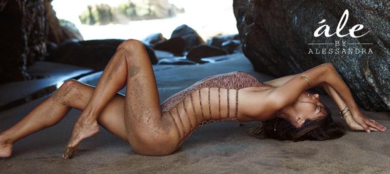 ale-alessandra-ambrosio-2014-swimsuit-campaign3