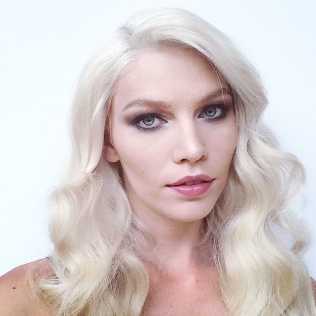 Aline Weber gets glam