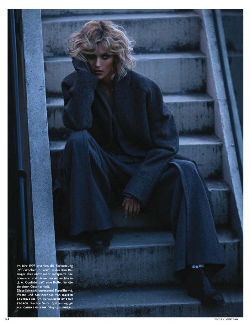 anja vogue de011 800x1040 Anja Rubik Channels Kim Basinger for Vogue Germany Cover Story by Camilla Akrans